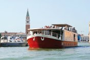 Classical Barging for charters